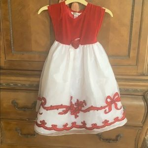 Full length Girls dress by Pippa & Julie size 6x